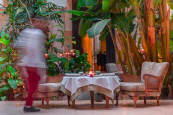 Voucher gift: romantic dinner for 2 people